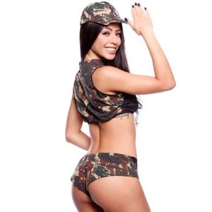 FANTASIA MILITAR A SHORT AMARETTO