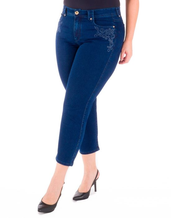 CAPRI PLUS SIZE JEANS COM BORDADO ARABESCO
