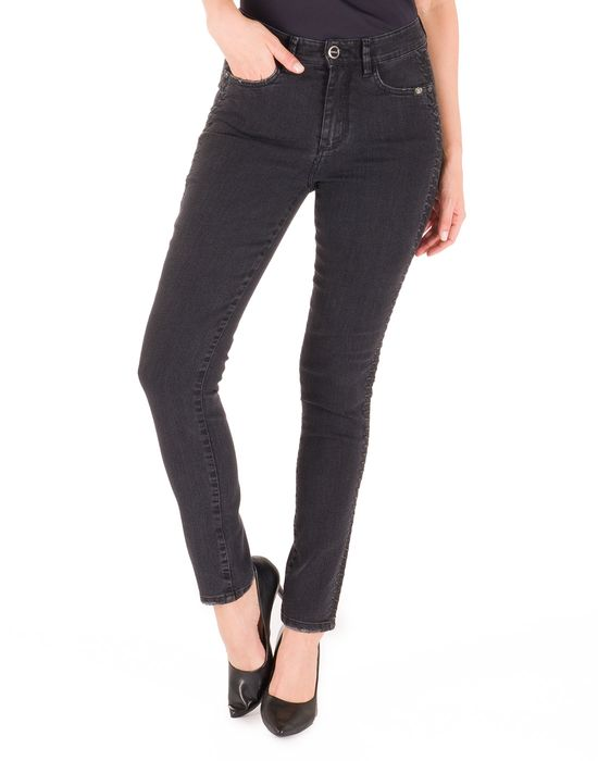 Cigarrete Black Jeans Bordado Lateral