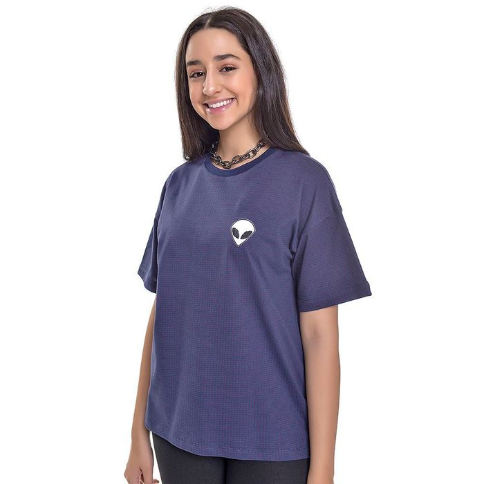 Camiseta Oversized Juju Franco Com Patch Alienígena